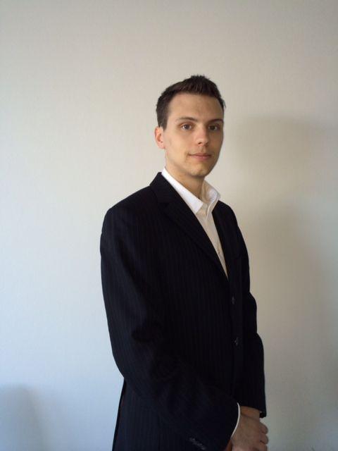 contected_Philipp Stratmann