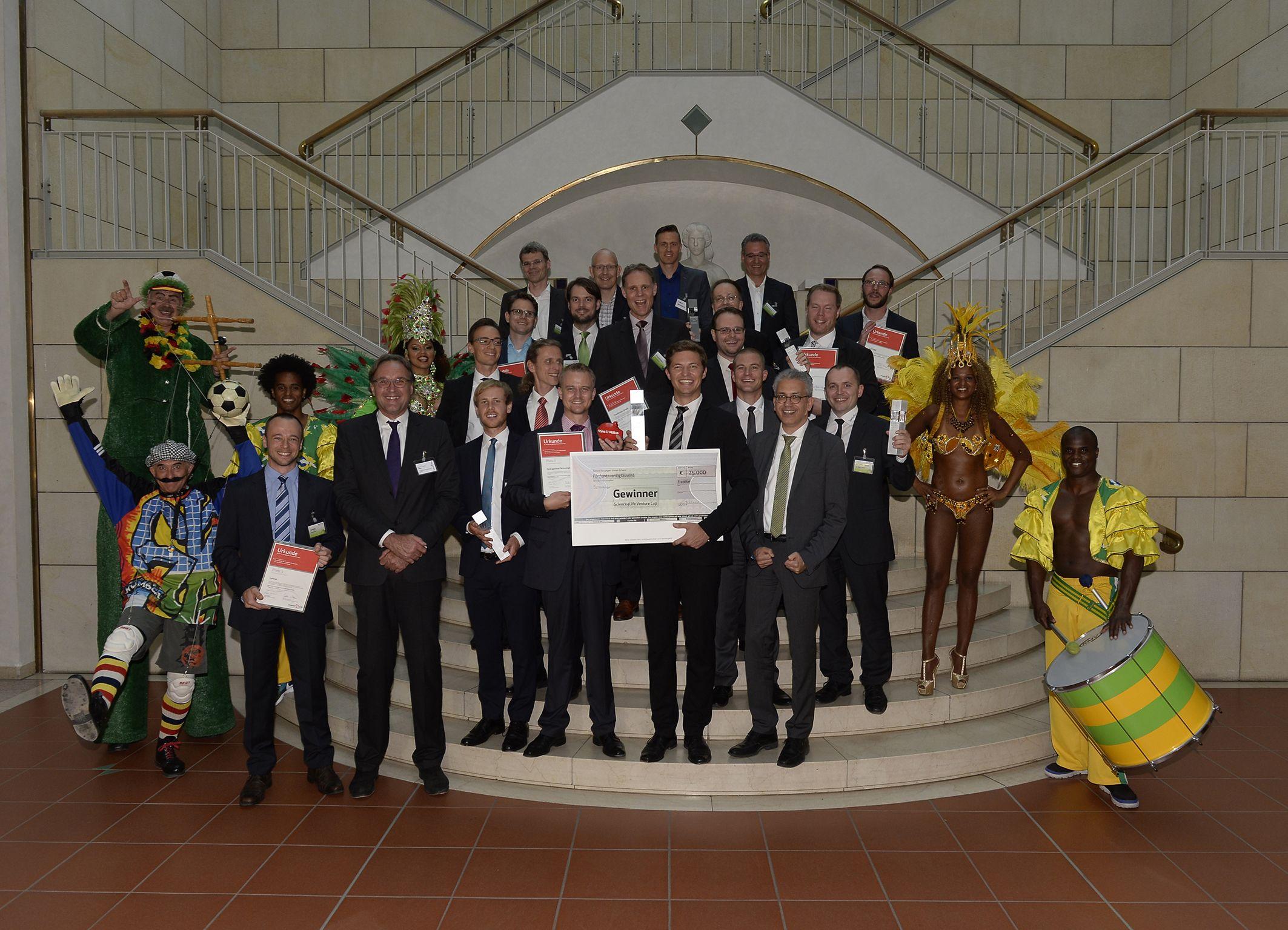 Die Gewinner des Science4Life Venture Cup 2014