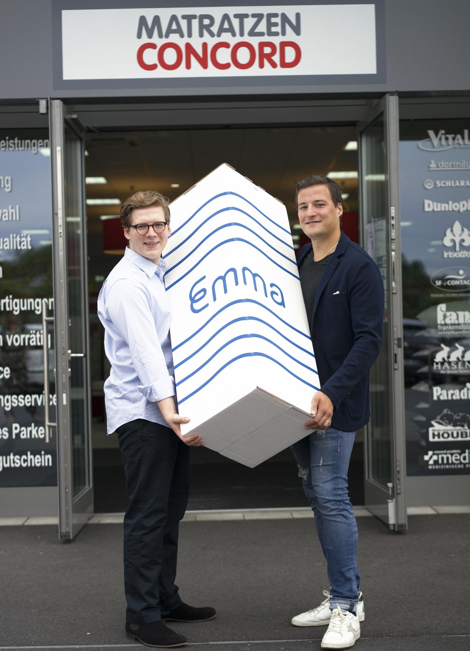Max Laarmann Geschäftsführer Emma Matratzen (li.) und Marcus Diekmann Matratzen Concord (re.).jpg