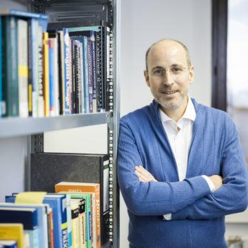 """""""Sprachenlernen mithilfe von Stories unterhaltsamer und effektiver gestalten."""" David P. Steel von L-Pub im Gründer-Interview"""